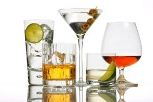 Насколько опасен прием алкоголя при геморрое