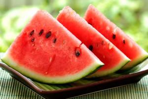 Полезное воздействие арбузов на желудок